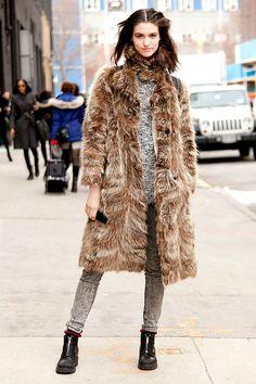 Street style moda en la calle tendencias fur