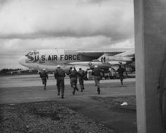 """Alert Crew"" at Loring AFB, Maine, during the Cold War"