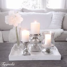 Candles * Riviera Maison ◦●◦ ჱ ܓ ჱ ᴀ ρᴇᴀcᴇғυʟ ρᴀʀᴀᴅısᴇ ჱ ܓ ჱ ✿⊱╮ ♡ ❊ ** Buona giornata ** ❊ ~ ❤✿❤ ♫ ♥ X ღɱɧღ ❤ ~ Su Feb 2015 Coffee Table Vignettes, Coffee Table Styling, Decorating Coffee Tables, Christmas Table Settings, Decoration Table, Home And Living, Room Inspiration, Living Room Decor, Sweet Home