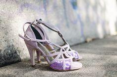 Tango shoes for women with interlaced design and paillettes http://www.italiantangoshoes.com/shop/en/la-rosa-del-tango/307-ilenia.html