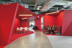 US studio Clive Wilkinson Architects sought to eliminate traditional work boundaries in its design of a new headquarters for the global adverting agency Publicis. Interior Design Magazine, Corporate Interiors, Office Interiors, Corporate Offices, Red Office, Office Decor, Office Pods, Industrial Office Design, Corporate Style