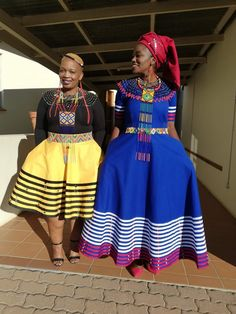 South African Dresses, African Bridesmaid Dresses, African Maxi Dresses, Latest African Fashion Dresses, African Print Fashion, African Attire, Pedi Traditional Attire, Sepedi Traditional Dresses, South African Traditional Dresses