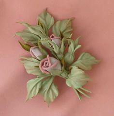 """Купить Брошь из натуральной кожи """"Розовый букетик"""" - брошь, брошь ручной работы, брошь цветок"""