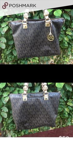 Michael Kors Purse Authentic used Michael Kors purse. Still in good condition. Michael Kors Bags Totes