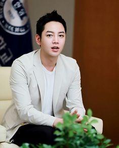 JKS  Donated 100 million Won to Hanyang University
