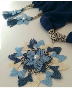 Recorrido Tutorial and Ideas Needle Lace, Bargello, Crochet Necklace, Brooch, Crafts, Istanbul, Jewelry, Crochet Collar, Made By Hands