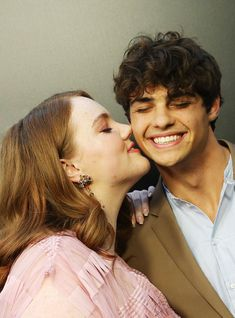 Shannon Purser Confirms Noah Centineo Came Up With Sierra Burgess's Cutest Moment Shannon Purser, New Netflix Movies, Dramas, Just Beautiful Men, Perfect Boy, Teen Vogue, Hollywood Actor, Actors & Actresses, Couples