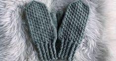 Tänään sain valmiiksi harmaat lapaset omille kätösilleni. Lankana on 7 veljestä ja puikot nro 3½. Neuloin lapasten yläpinnan raeneuleel... Cable Knit Socks, Knitting Socks, Knitting Needles, Love Knitting Patterns, Crochet Patterns, Knitting Ideas, Knit Wrap, Mittens, Knit Crochet