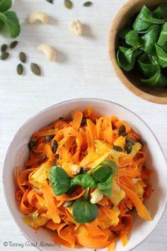 Tasting Good Naturally : Carottes à l'orange graines de courges et noix de cajou #vegan