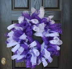 TCU Inspired College Football Deco Mesh by WelcomeHomeWreath Purple Wreath, White Wreath, Diy Wreath, Football Wreath, Deco Mesh Wreaths, College Football, Frogs, 4th Of July Wreath, Decor Crafts