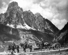 http://www.holimites.com/pics/WWI-Corvara-Sassongher.jpg