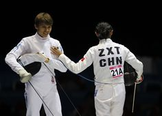 Wilhelm Picón, junto su compañera de china Xiuting Zhong