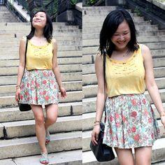 Free People Tie Dye Tank, Mysty Woman Floral Skirt, The Eighty Twenty Satchel, Kelsi Dagger Flat Sandals