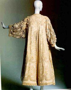 1930s Callot Soeurs Lace Coat http://pinterest.com/nfordzho/party-queen/