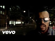 """Black Eyed Peas """"Let's get it started"""" videoclip, released in 2004 and directed by Francis Lawrence Black Eyed Peas Songs, Replay, Road Trip Music, I Gotta Feeling, Where Is The Love, Hip Hop Music Videos, Grammy Nominees, Cultura General, Song Playlist"""