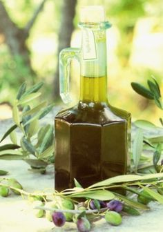 The Little Corner Olive Oil/Paivi Raiha Olives, Olive Oil Bottles, Olive Gardens, Olive Tree, Balsamic Vinegar, Wine Decanter, Shades Of Green, Beauty Care, Pin Image