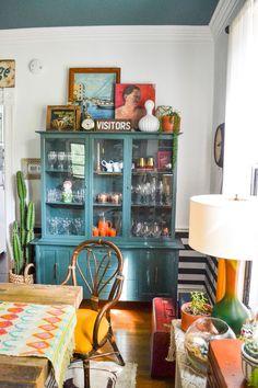 Eclectic Home Tour - Home Ec - Kelly Elko Eclectic Design, Eclectic Decor, Interior Design, Eclectic Style, Eclectic Kitchen, Eclectic Living Room, Eclectic Bedrooms, Vintage Hutch, Vintage Decor
