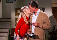 Barbara Eden and Larry Hagman