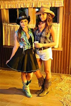 Aria+takes+the+cake+for+the+best+hoedown+dress.