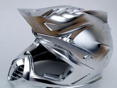 The grey collection: an amazing excample for 5 axis technology: a motorcycle helmet, created by Daishin/ Japan