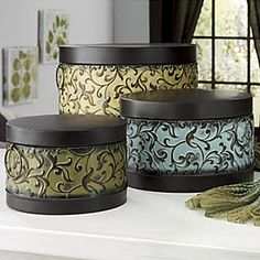 Love these hat boxes for pretty storage!