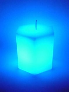 Picture of Dreaming Candle - Hexagonal