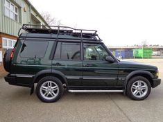 Land Rover Discovery 2 With Roof Rails Roof Rack Gutter Mount Land Rover Discovery 1, Discovery 2, Range Rover Classic, Ford 4x4, Roof Rails, Lifted Ford Trucks, Jeep Wrangler Unlimited, Land Rovers, Bugatti Veyron
