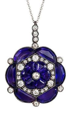 An Edwardian amethyst & diamond pendant at Jewels. Pendant is of flower cluster design in sterling silver and gold, on platinum chain. Edwardian Jewelry, Antique Jewelry, Vintage Jewelry, Artisan Jewelry, Handmade Jewelry, Custom Jewelry, I Love Jewelry, Fine Jewelry, Jewelry Design