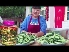陕北泡黄瓜,开胃下饭,一次做10斤都不够吃!可美了!【陕北霞姐】 - YouTube
