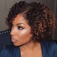Beauty By Lee: Beautybylee's Date Night Smokey Eye and Fluffy Twistout Tutorial Pelo Natural, Natural Curls, Natural Hair Care, Natural Hair Styles, Natural Wigs, Natural Makeup, Natural Beauty, Natural Hair Journey, Beauty By Lee