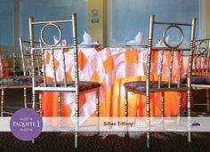 Sillas tipo Tiffany necesarias para cubrir el total de asistentes a tu evento.
