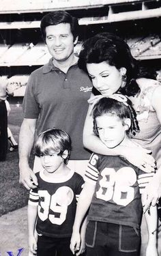 Annette with husband Jack Gilardi and children