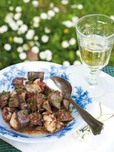 Fried liver lamb with herbs Τηγανιά με αρνίσια συκωταριά