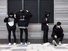 Ulzzang Couple, Ulzzang Boy, Korean Men, Korean Girl, Boy And Girl Friendship, Boy Squad, Korean Best Friends, Fotos Goals, Friend Poses