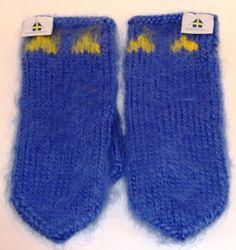 Lovikkagarn från www.se, vantar av Agneta Byers www. Gloves, Socks, Sweden, Colors, Fashion, Moda, La Mode, Sock, Colour