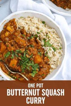 DAIRY & GLUTEN FREE This ONE POT BUTTERNUT SQUASH CURRY is a SIMPLE AND DELICIOUS and COMFORTING VEGETARIAN MEAL. Curry Recipes, Vegetarian Recipes, Healthy Recipes, Family Recipes, Family Meals, Butternut Squash Curry, Batch Cooking, Lunches And Dinners, Keto