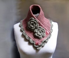 This neckwarmer has it all. Warm, feminine, edgy...and not too daunting to knit.