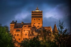 Halloween Tour with Halloween Party at the Bran Castle from Bucharest Transylvania Dracula Castle, World Traveler, Fine Art Photography, Big Ben, Halloween Party, Abandoned, Villa, Explore, Country