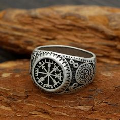 Helm of Awe Viking Amulet Ring