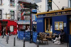 Welcoming and walkable and filled to the brim with old-fashioned pubs and excellent seafood restaurants, scenic Galway may be Ireland's most charming city.