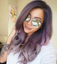 Dusty purple into dusty silver hair color. Purple and silver ombre. Ombre by @evalam                                                                                                                                                                                 Más
