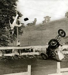 American race car driver Cassidy fly through the air- Washington 1936 (ends up in hospital)