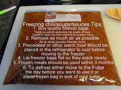 Freezing Food in zip lock baggies Food Tips, Food Hacks, Cooking Tips, Food Ideas, Freezer Food, Freezer Burn, Fun Food, Good Food, Baking Store