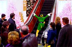 11 GIFs That'll Remind You Why Elf Is The Best Holiday Movie Ever!