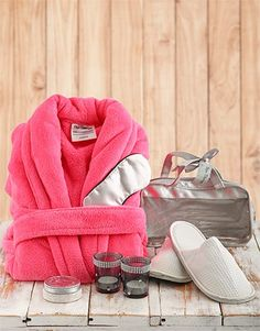 Buy Spa Therapy with Pink Gown Online - NetGifts Same Day Delivery Service, Spa Therapy, Pink Gowns, Gowns Online, Bath And Body, Gift Ideas, Christmas, Gifts, Stuff To Buy