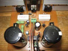 Amplificador bem simples, que utiliza na saída os transistores darlingtons TIP 142 e TIP147, circuito montado no mundo inteiro. Eu particularmente nunca Tesla Video, Hifi Amplifier, Arduino, Espresso Machine, Circuit Diagram, Audio Amplifier, Be Simple, Electrical Projects, Electronic Circuit