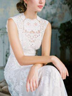 Cheyenne lace wedding dress Romantique by Claire Pettibone, photo: Sarah Kate http://romantique.clairepettibone.com/collections/into-the-sunset-lace-wedding-dresses/products/cheyenne-in-ivory