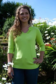 """Learn how to makeover """"boxy"""" t-shirts into a knit top that has style with Nancy Zieman's 10 easy steps."""
