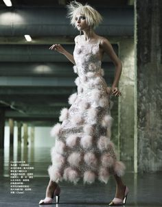 couture art: vlada roslyakova by naomi yang for vogue taiwan october 2012 Chanel Fashion, Couture Fashion, New Fashion, Trendy Fashion, Runway Fashion, Fashion Models, Fashion Clothes, Luxury Fashion, Vlada Roslyakova