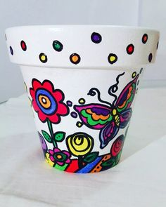 Flower Pot Art, Clay Flower Pots, Flower Pot Crafts, Clay Pot Projects, Clay Pot Crafts, Painted Clay Pots, Painted Flower Pots, Pebble Painting, Pottery Painting